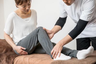 一般的な整体院ではあまり取り扱わないパーキンソン病とリウマチと股関節痛と内臓疲労と気だるさとむくみの解消などに対するアプローチも行っています