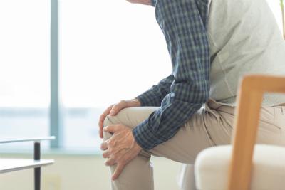 頭痛、腰痛、首の痛み、膝の痛み、坐骨神経痛、目の疲れなどの悩みに対して、効果的な施術をご提案いたします